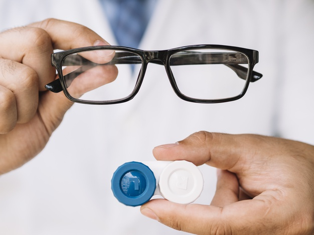 Why are Contact Lenses Better than Eyeglasses?