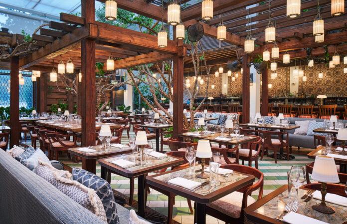 restaurants in Collins Ave Miami