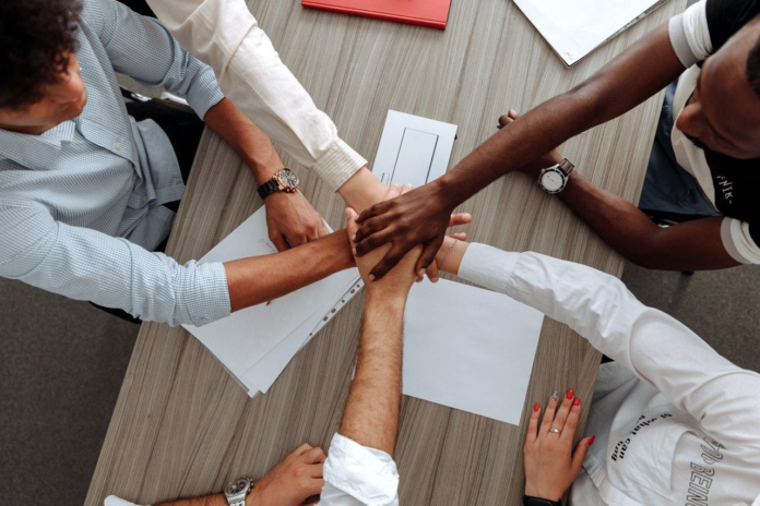 5 Priceless Benefits of Having a Cultural Diversity Policy in the Workplace